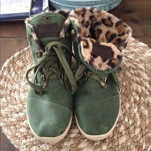 Toms Booties Green/Leopard fur lined